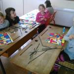 Activités culturelles avec les enfants groupe 2 de l'école publique (Peindre à la manière de Mr MONDRIAN, peintre hollandais)